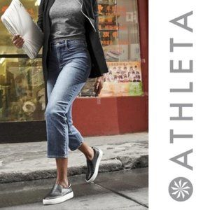 Athleta Sculptek Slim Straight Jean Lapis Wash